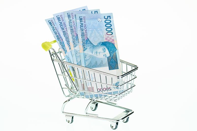 Pinjam KTA untuk lunasi tagihan kartu kredit, solusi bukan?
