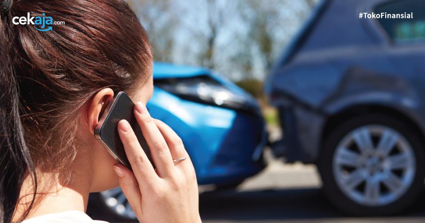 mobil ditabrak _ asuransi kendaraan - CekAja.com