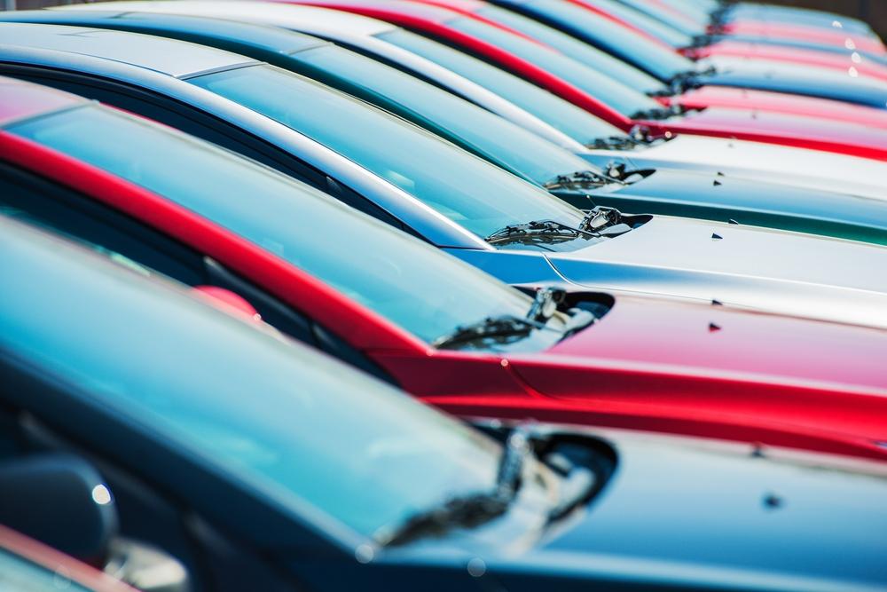 Beli Mobil Baru, Pilih Kredit Konvensional atau Kredit Syariah?