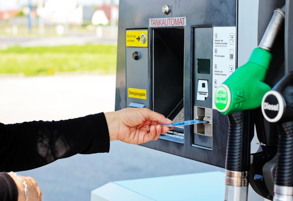 Kartu Kredit yang Miliki Cashback Pembelian Bahan Bakar