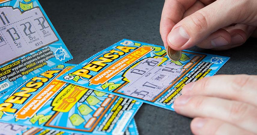Mereka Bisa Kaya Melalui Kompetisi Games dan Menang Lotre