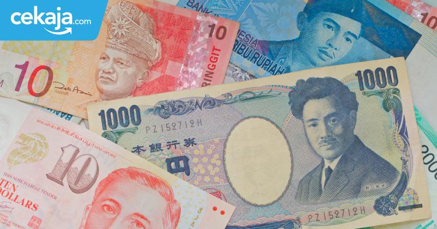 Untuk Kamu yang Baru Pertama Kali ke Luar Negeri, Ini Tips Sebelum Menukar Uang di Money Changer