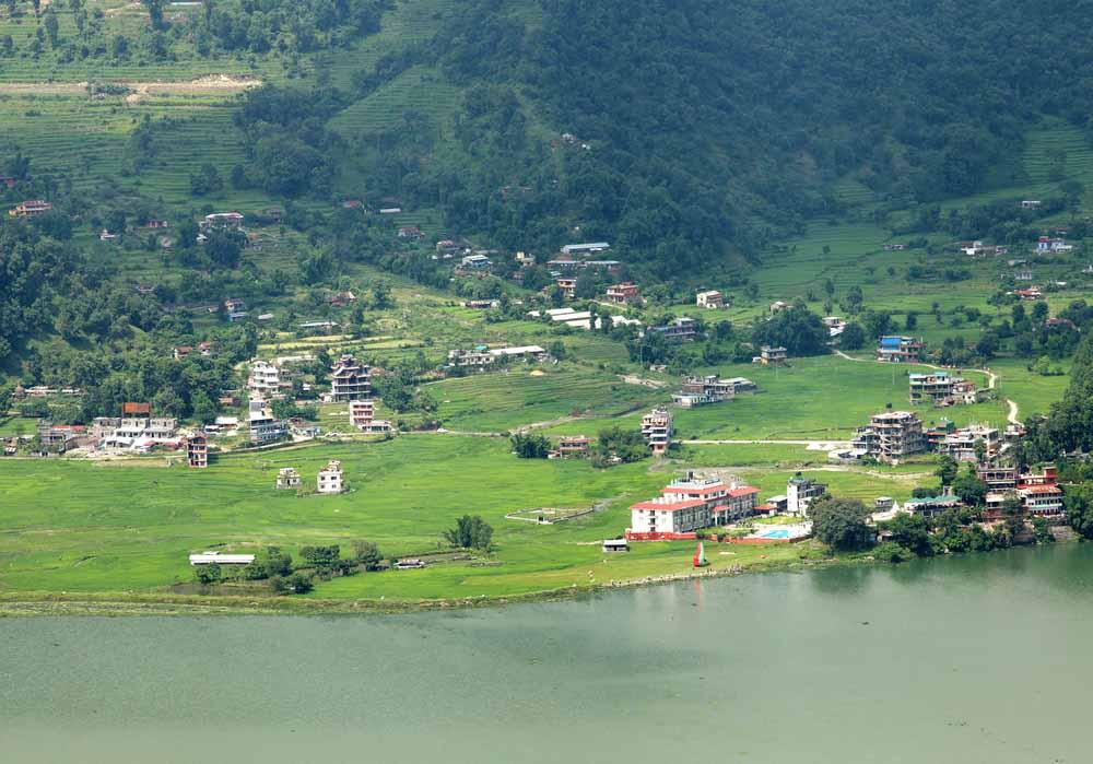 Phokara Lake _Nepal_ shutterstock_222187195