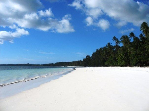 Pantai-Ngurbloat