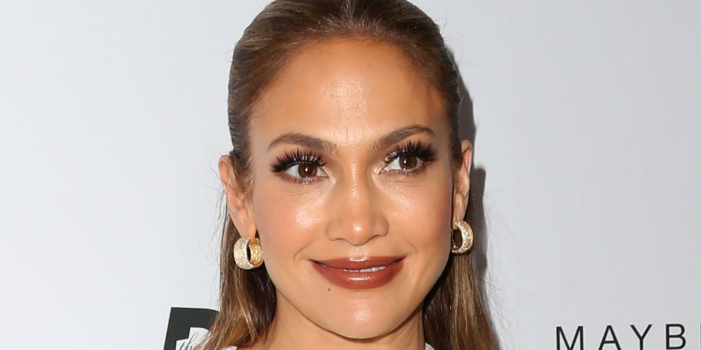 """WEST HOLLYWOOD, CA - MARCH 20: Actress Jennifer Lopez attends the Daily Front Row """"Fashion Los Angeles Awards"""" at Sunset Tower Hotel on March 20, 2016 in West Hollywood, California. (Photo by Frederick M. Brown/Getty Images)"""