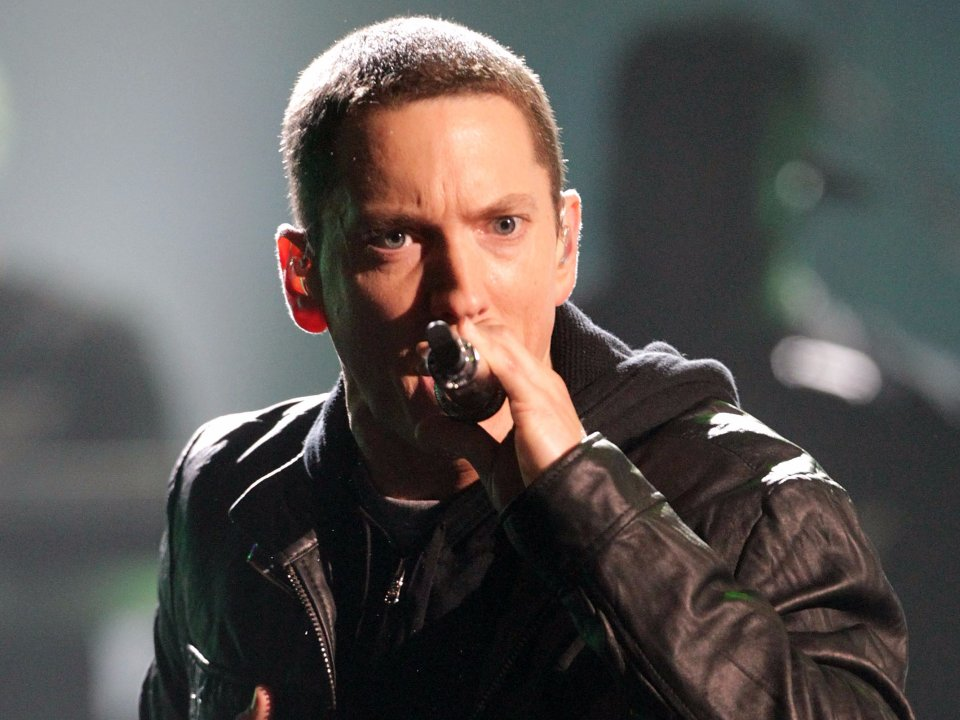 eminem-puts-tin-foil-on-his-windows-to-keep-out-the-light