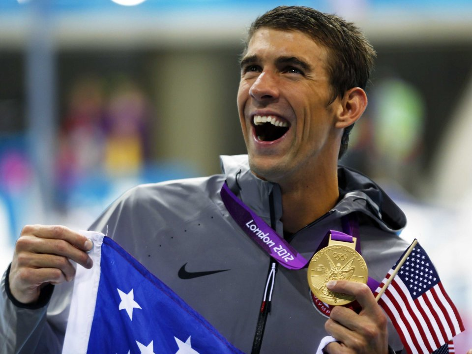 michael-phelps-sleeps-in-a-chamber-with-air-comparable-to-8500-to-9000-feet