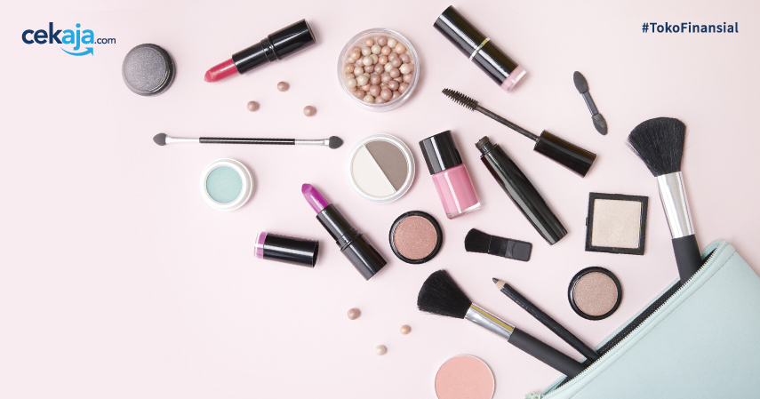 Tips Hemat Buat Kamu yang Gila Make-up