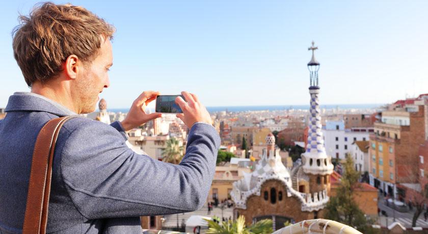 kemudahan wisata keluar negeri
