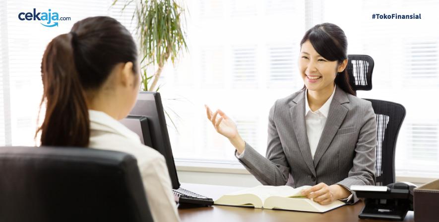 5 Gestur Tubuh yang Membuat Kamu Terlihat Tidak Profesional Saat Interview Kerja