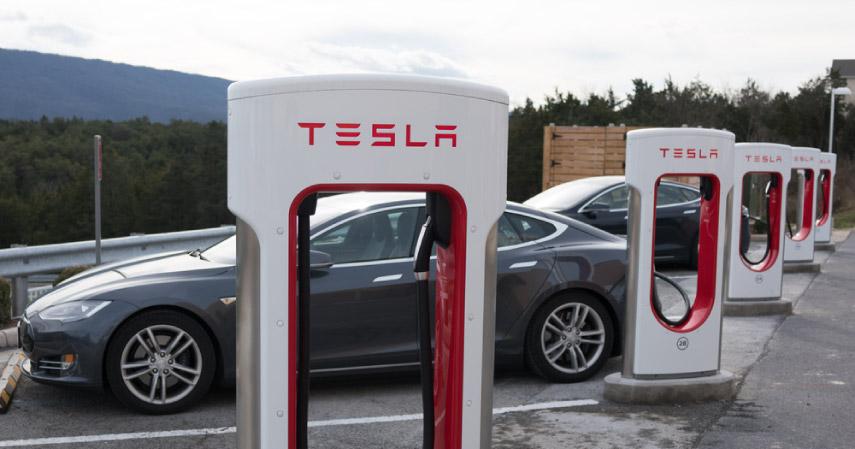 Ini  Alasan Mengapa Tesla dan Google Car Akan Jadi Mobil Masa Depan