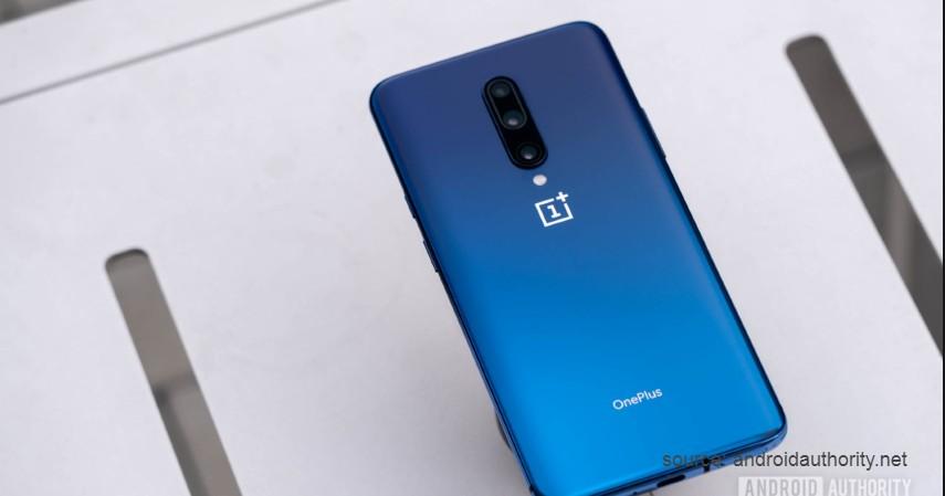One Plus 7 - Smartphone dengan Desain Terbaik 2019