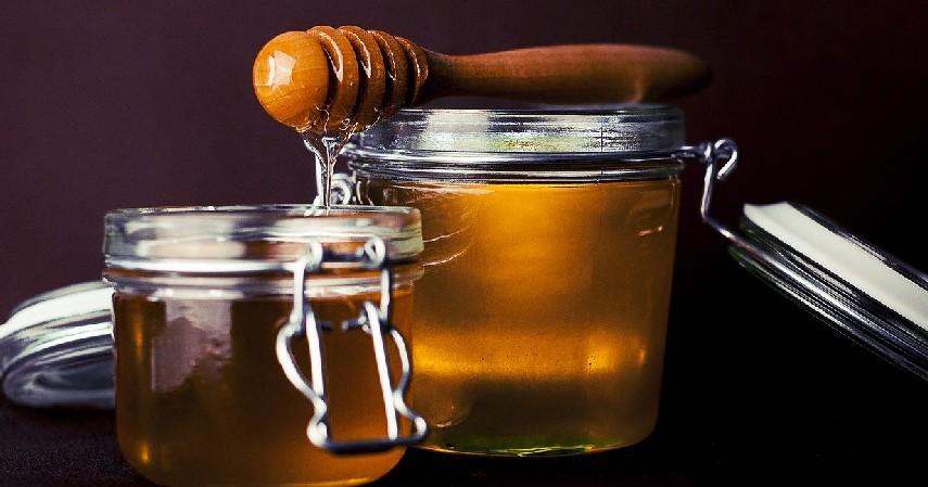 Kembangkan bisnis madu - Menilik Lebih Dekat Karir dan Bisnis Ustad Arifin Ilham