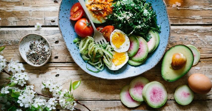 Resolusi Kesehatan - Atur pola makan