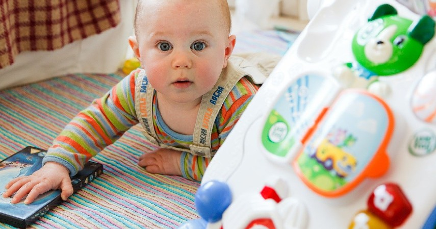 Mainan favorit - Bawa Bayi Mudik dengan Mobil_ Jangan Lupa Bawa Barang Ini