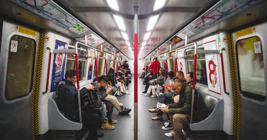 Dapat mengangkut 270 penumpang - Uji Coba Publik LRT Jakarta