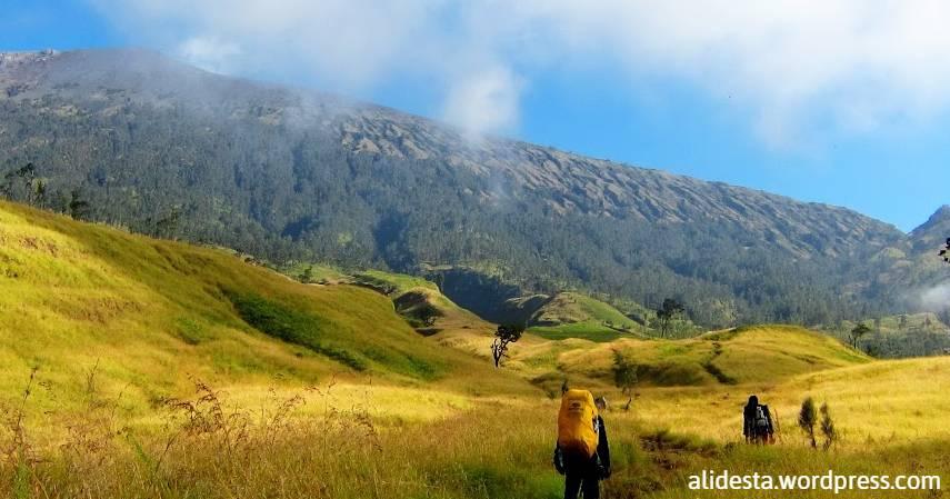 Gunung pantai - Gunung Rinjani
