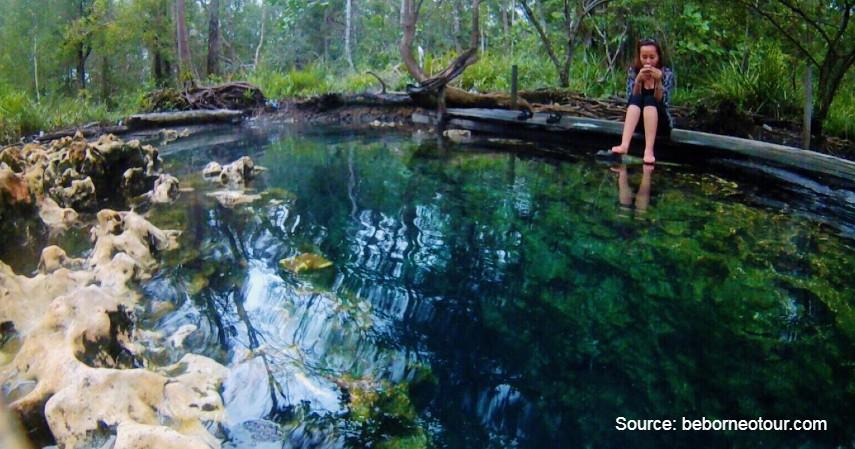 Sumber Air Panas Asin Pemapak - Wisata Berau nan Memukau, dari Derawan Sampai Laguna Perawan.jpg