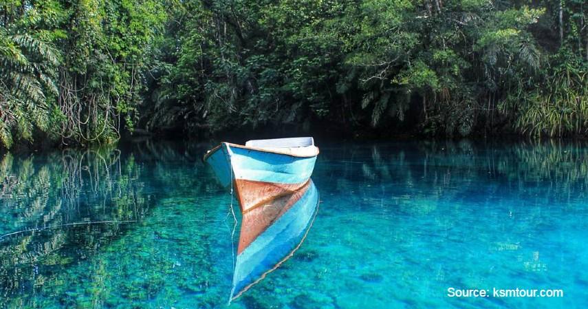 Danau Labuan Cermin - Wisata Berau nan Memukau, dari Derawan Sampai Laguna Perawan.jpg