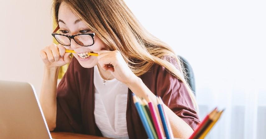 Jangan bawa pulang kerjaan kantor - Working Mom Harus Tau, Begini Cara Agar Tetap Bisa Terus Quality Time dengan Anak.jpg