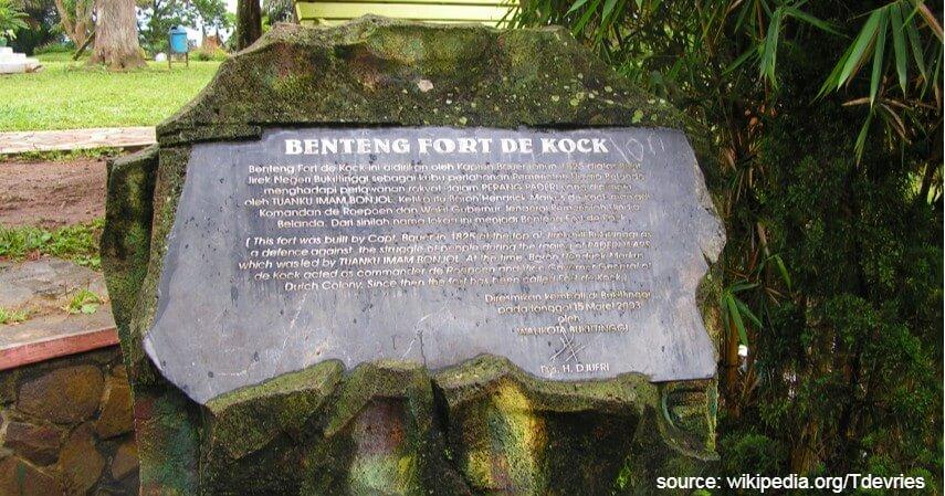Benteng Fort de Kock - Intip 5 Wisata Kota Bukittinggi yang Pernah Jadi Ibu Kota Negara