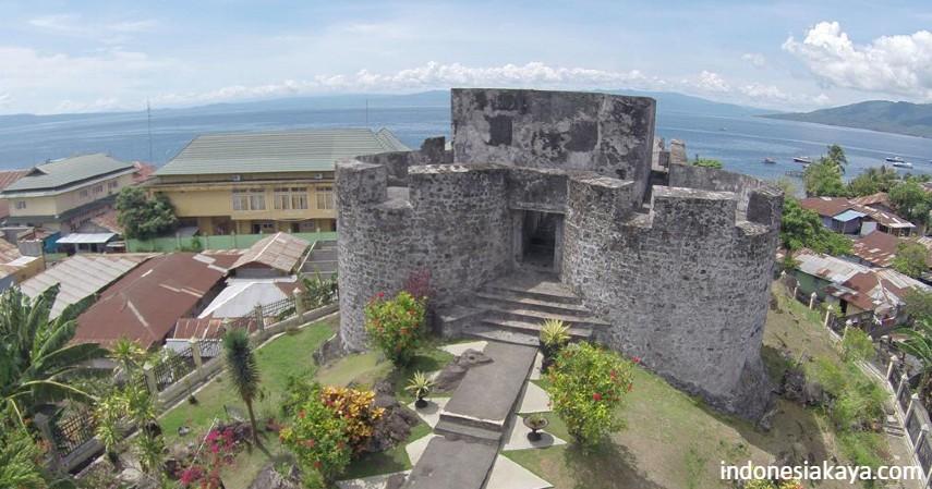 Benteng Tolukko - enam surga