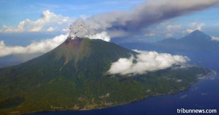 Gunung Gamalama - enam surga