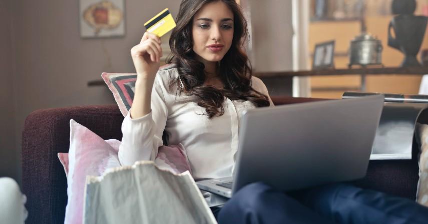 Manfaatkan Promo Online Travel Agent atau kartu kredit - Tips Berburu Tiket Pesawat Murah