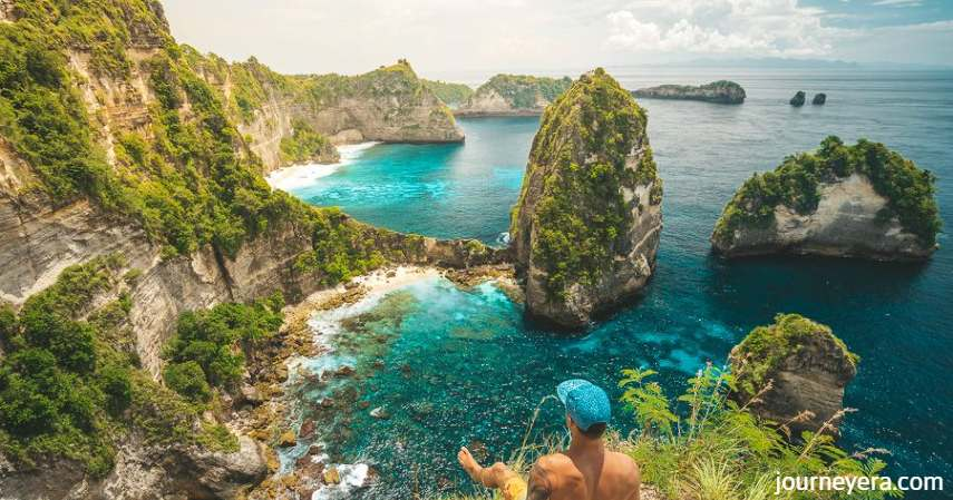 Nusa Penida Bali - tempat berselancar di Indonesia