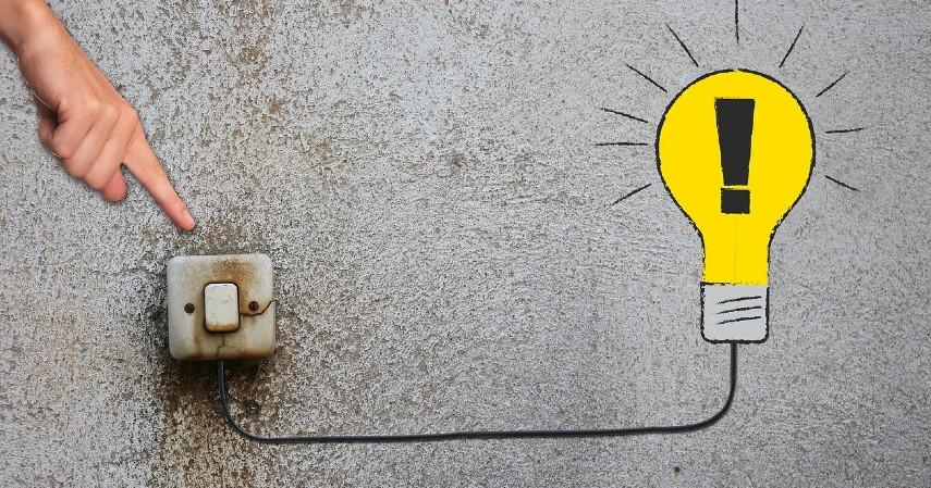 Ogah matikan saluran listrik dan keran air - Ini Kebiasaan Sepele yang Bikin Boncos Anggaran Rumah Tangga