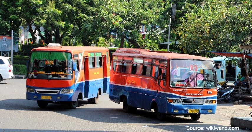 PT Metromini Dibentuk Tahun 1976 - Video Metromini Hadang TransJakarta Viral_ Ini Fakta-fakta si Bus Merah