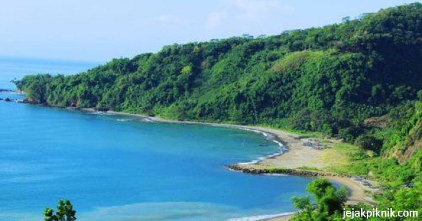 Pantai Ombak Tujuh Sukabumi - tempat berselancar di Indonesia