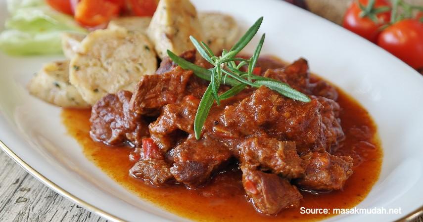 Gulai - Daftar Bisnis Kuliner yang Terancam Sepi Saat Idul Adha