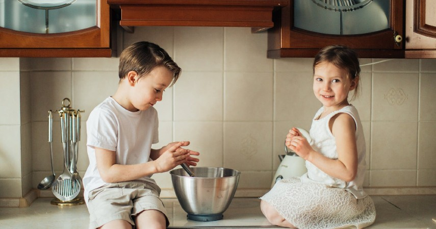 Tidak merespons interaksi - Ciri ciri autisme