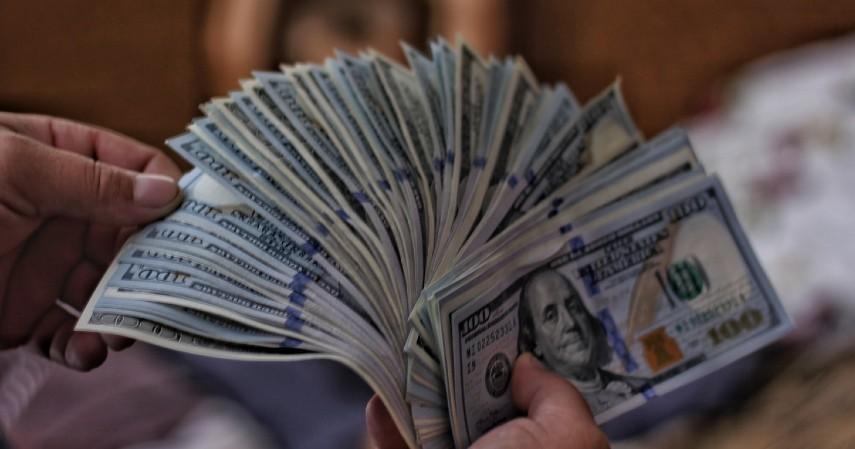 Transaksi lebih mudah dan cepat - Keunggulan dan Kelemahan cashless