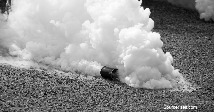 Kandungan Gas Air Mata - Mata Perih Hingga Sesak, Ini Efek Gas Air Mata Terhadap Kesehatan.jpg
