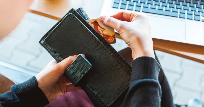 Penunggakan yang berisiko pada BI checking - Pertimbangkan Baik-baik, Ini 5 Risiko Gunakan Pay Later.jpg