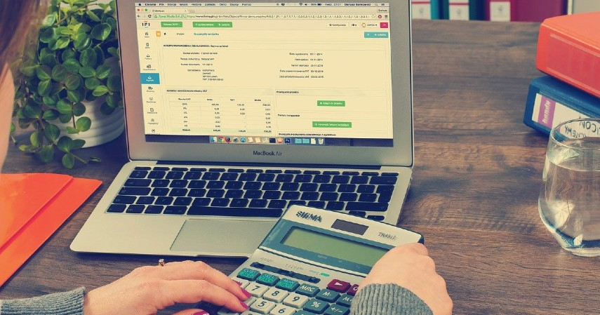 Pengaturan keuangan terganggu - Pertimbangkan Baik-baik, Ini 5 Risiko Gunakan Pay Later.jpg