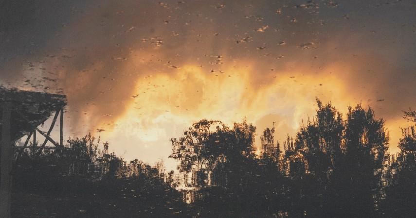 Hujan buatan pertama kali ditemukan pada 1946 - Kebakaran Hutan Yuk Mengenal Teknik Rekayasa Hujan Buatan