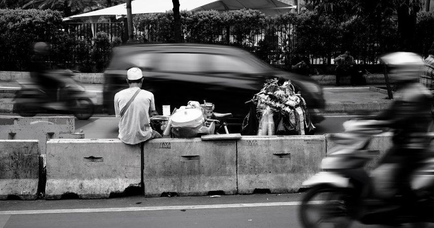 Mendorong pemerataan ekonomi - Manfaat Pemindahan Ibu Kota