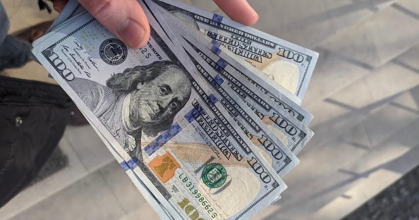 Nilai tukar dolar Amerika Serikat - Hal yang Membuat Harga Emas Naik Turun