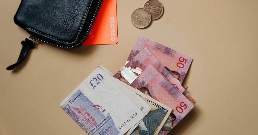 Biaya Transaksi - Kartu Kredit Visa atau MasterCard Mana yang Lebih Menguntungkan (1)