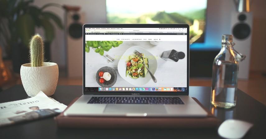 Desainer Website - Duduk Manis di Rumah Tapi Menghasilkan Uang Coba Yuk