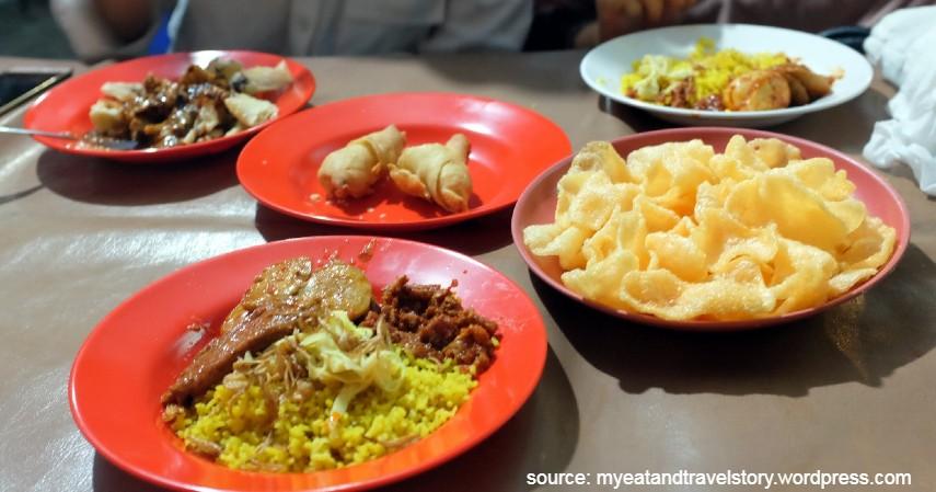 Nasi Kuning Pungkur - Tempat Wisata Kuliner Enak di Semarang Harga Murah Paling Recomended