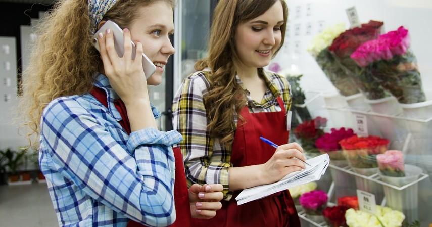 Reseller - Lima Bisnis Menguntungkan Bermodal Kartu Kredit