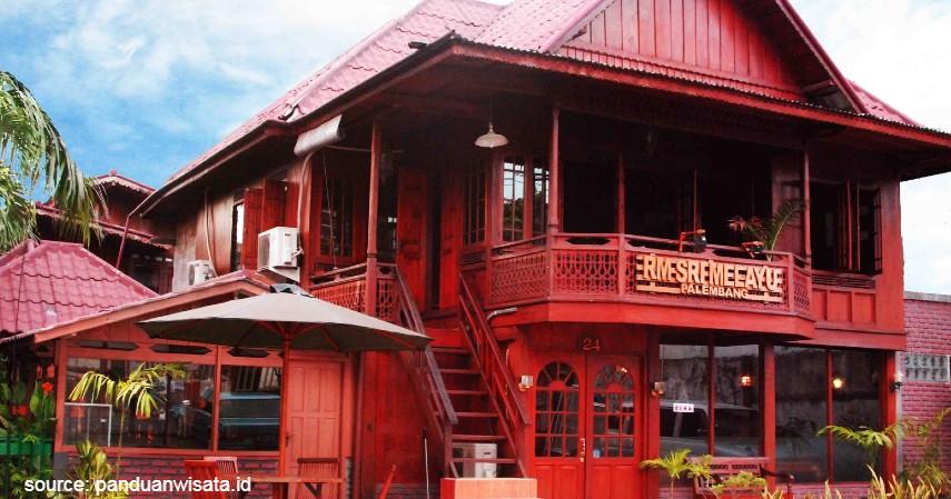 Rumah Makan Sri Melayu - Daftar Kuliner Murah di Palembang Harga Kaki Lima Kualitas Bintang Lima
