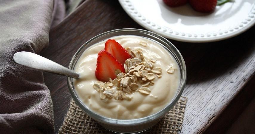 Yogurt - 5 Pilihan Cemilan Sehat yang Baik untuk Tubuhmu