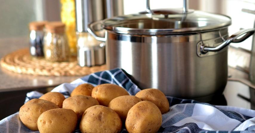 Kentang - Jenis Makanan untuk Penderita Asam Urat, Apa Saja.jpg