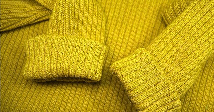 Pakaian hangat - Peluang Usaha Musim Hujan, dari Kuliner Sampai Laundry.jpg