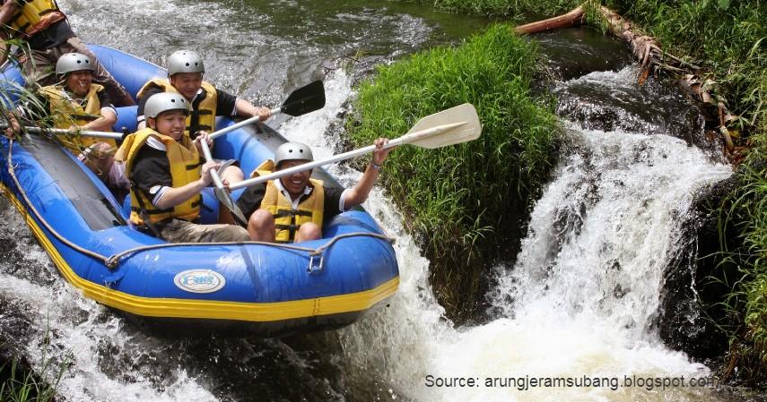 Arung jeram Sungai Cipunagara - 10 Tempat Wisata Paling Favorit di Subang Jawa Barat